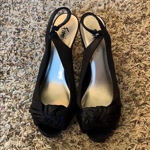 DSW Fioni black peep toe heels